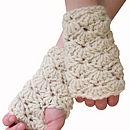 Chunkycrochetmitts cream