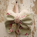 Green Floral Bow heart