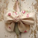 Cream Polka dot bow heart