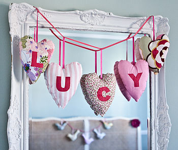 personalised appliqued 5 heart garland (pinks)