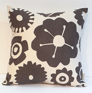 Big Flower Vintage Floral Cushion - cushions
