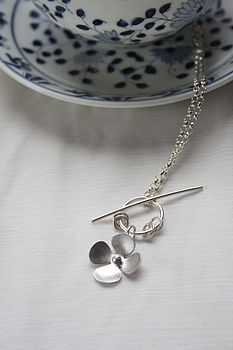 small buttercup necklace