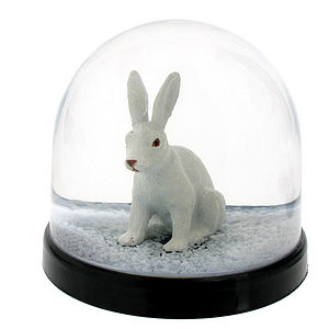 Rabbit Snow Dome