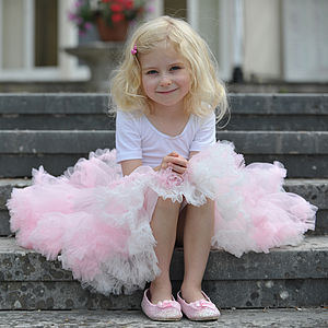 Girl's Fluffy Tutu Skirt - pretend play & dressing up