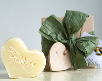 Cardamom Shaving And Body Soap Heart Gift Box