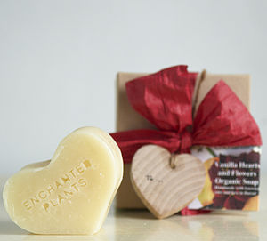 Vanilla Hearts And Flower Soap Gift Box