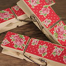 Rose garden magnetic pegs red