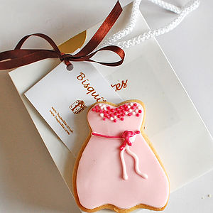 Homemade Shortbread Biscuit Wedding Favour Gallery - edible favours