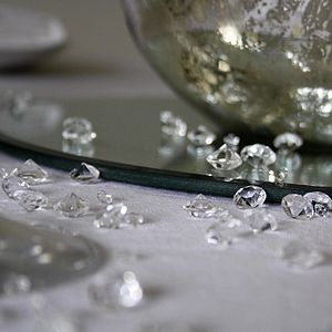 Table Scatter Crystals - dining in