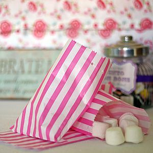 100 Stripe Candy Paper Bags - favour bags, bottles & boxes