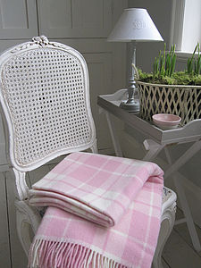 Country Check Wool Throw Pink