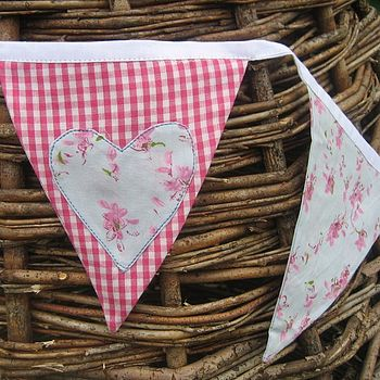 Floral Applique Heart Bunting
