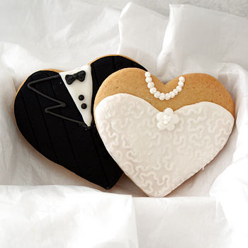 Pair Of Bride And Groom Biscuit Favours