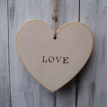 vintage love heart_antique cream