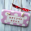 spotty door sign_pale pink and cherry red