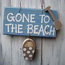 beach sign_blue wash with driftwood spot