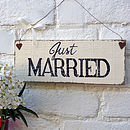 Vintage Inspired 'Just Married' Sign