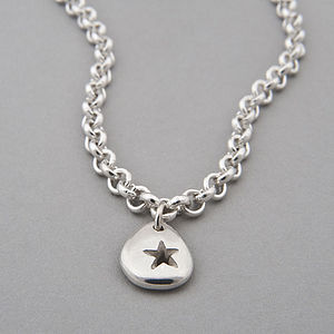 Pebble Star Chain Necklace