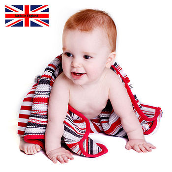 Unisex Knitted baby Blanket  ideal baby gift by Lilly + Sid (incl L&S card)