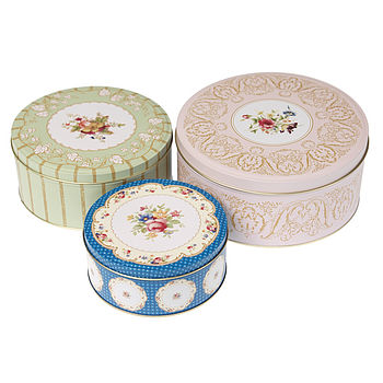Country Style Set Of Three Storage Cake Tins
