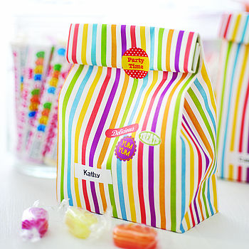 10 Treat Bags With Sticker Seals