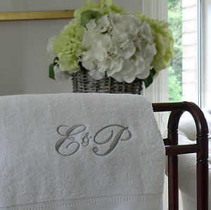 Monogrammed Towel - 2nd anniversary: cotton