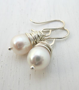 AA Grade Fresh Water Pearl Earrings - earrings