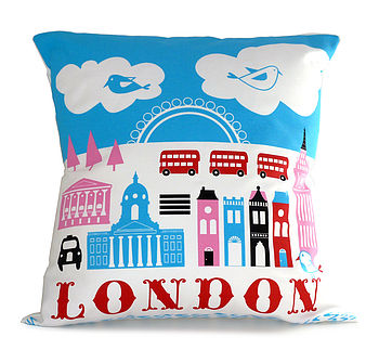 London Town Cushion