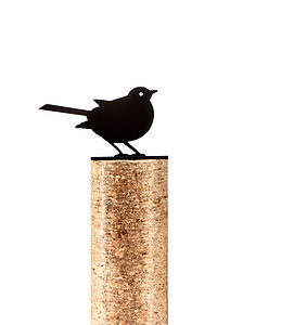 Robin Fence Post Protector - art & decorations