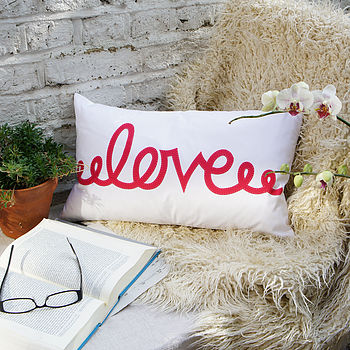Love - Hot Pink - Comment Cushion - 50x30