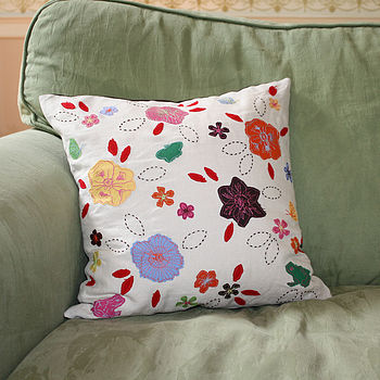 Wildlife Garden Cushion - Natural