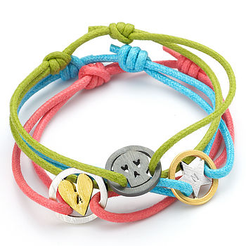 Cute As A Button Friendship Bracelets