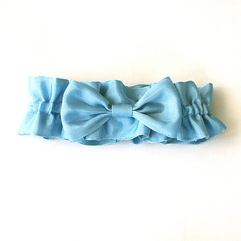 Elegant Bow Garter In Vintage Ribbon