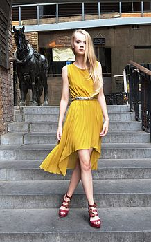 Yellow/mustard dip hem pleated dress