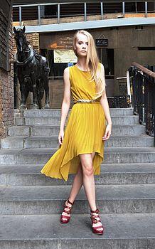 Yellow/mustard dip hem pleated dress