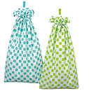 Chequers Laundry Bag (jade and lime)