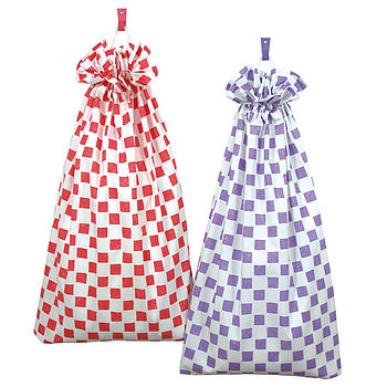 Chequers Laundry Bag (fuchsia and purple)