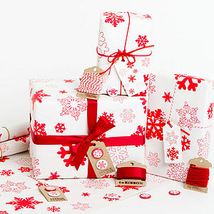 Snowflakes White Christmas Wrapping Paper Set - ribbon & wrap