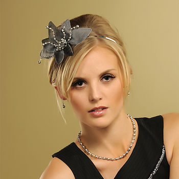 Evie Fan Headpiece - Charcoal Grey