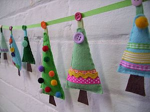 Sew Your Own Christmas Tree Garland - sewing & knitting