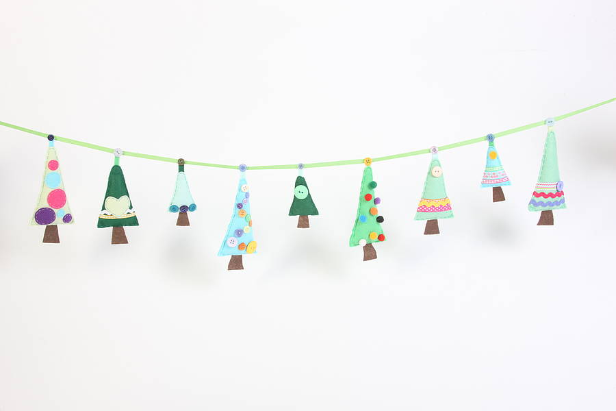 Sew your own christmas tree garland by paper and string