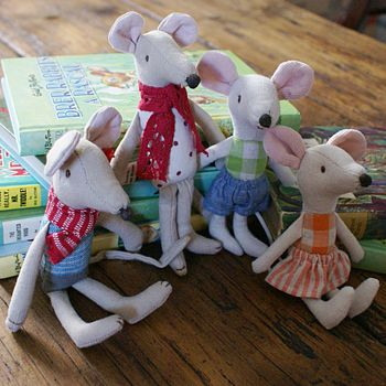Mr, Mrs Mouse, Brother Or Sister Mouse