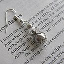 Earrings in Silver Pearl