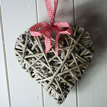 Willow Heart With Bow