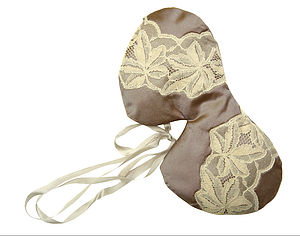 Marici Vintage Lace Silk Eye Mask - bedroom