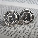 Thumb wax seal cufflinks1