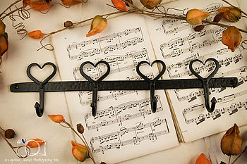 Black Wrought Iron Country Style Heart Hooks