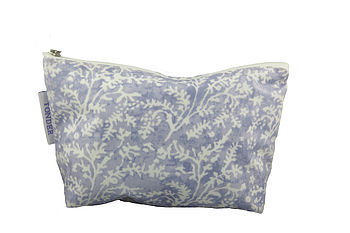 Cotton Lavender Oilcloth Wash & Make-Up Bags