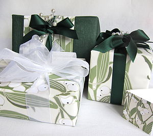 Luxury Christmas Gift Wrap Set 'Mistletoe' - wrapping