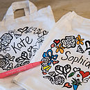 Girls colour in tote bag
